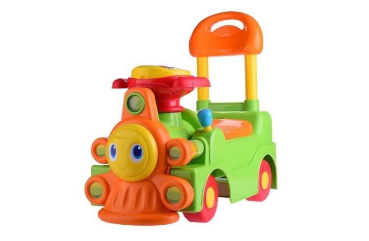 Migliori macchine cavalcabili:Trenino cavalcabile di Chicco