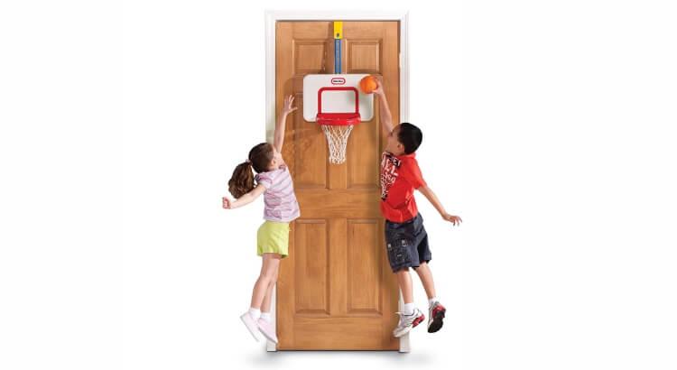 Miglior canestri da basket per bambini:Canestro da Camera di Little Tikes