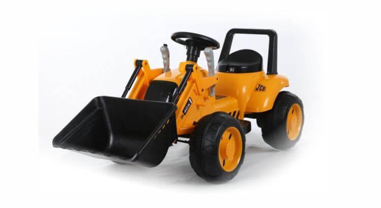 Migliori trattori elettrici per bambini:Trattore elettrico JCB di Biemme