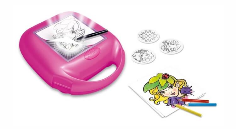 Migliori lavagne luminose per bambini:Il tavolo luminoso portatile Xoomy Girls di Ravensburger