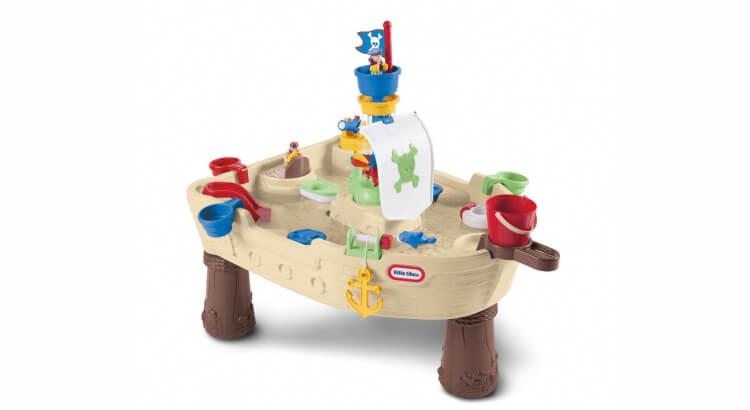 Tavoli per giocare con acqua e sabbia: Tavolo dei Pirati di Little Tikes