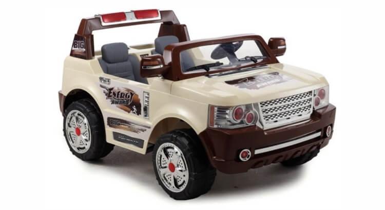 Macchine elettriche per bambini: Jeep Magnum a due posti (con radiocomando) di Mondial Toys