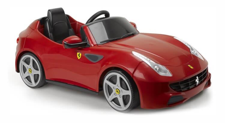 Macchine elettriche per bambini: Ferrari Four di Feber