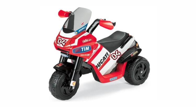 Moto elettriche per bambini: Moto a Tre Ruote Ducati Desmosedici di Peg Perego