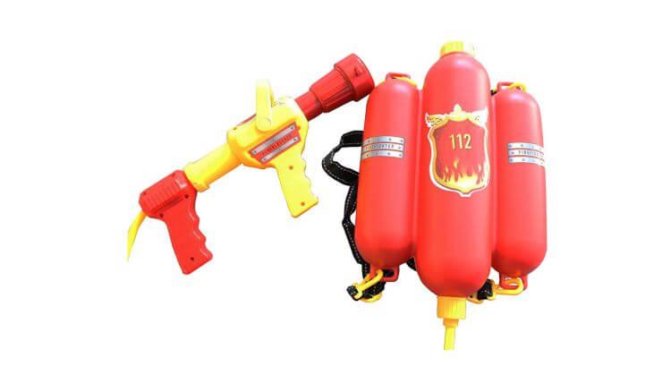 Migliori pistole ad acqua: Pistola ad acqua con sebratoio a forma di estintore di Idena