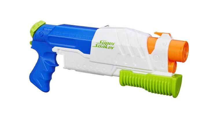 Migliori pistole ad acqua: Nerf Super Soaker Scatter Blast di Hasbro