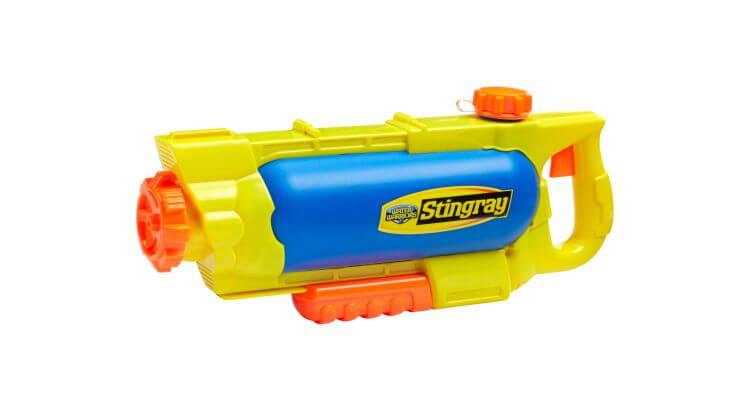 Migliori pistole ad acqua: Water Warriors Stingray Water Blaster di Buzz Bee